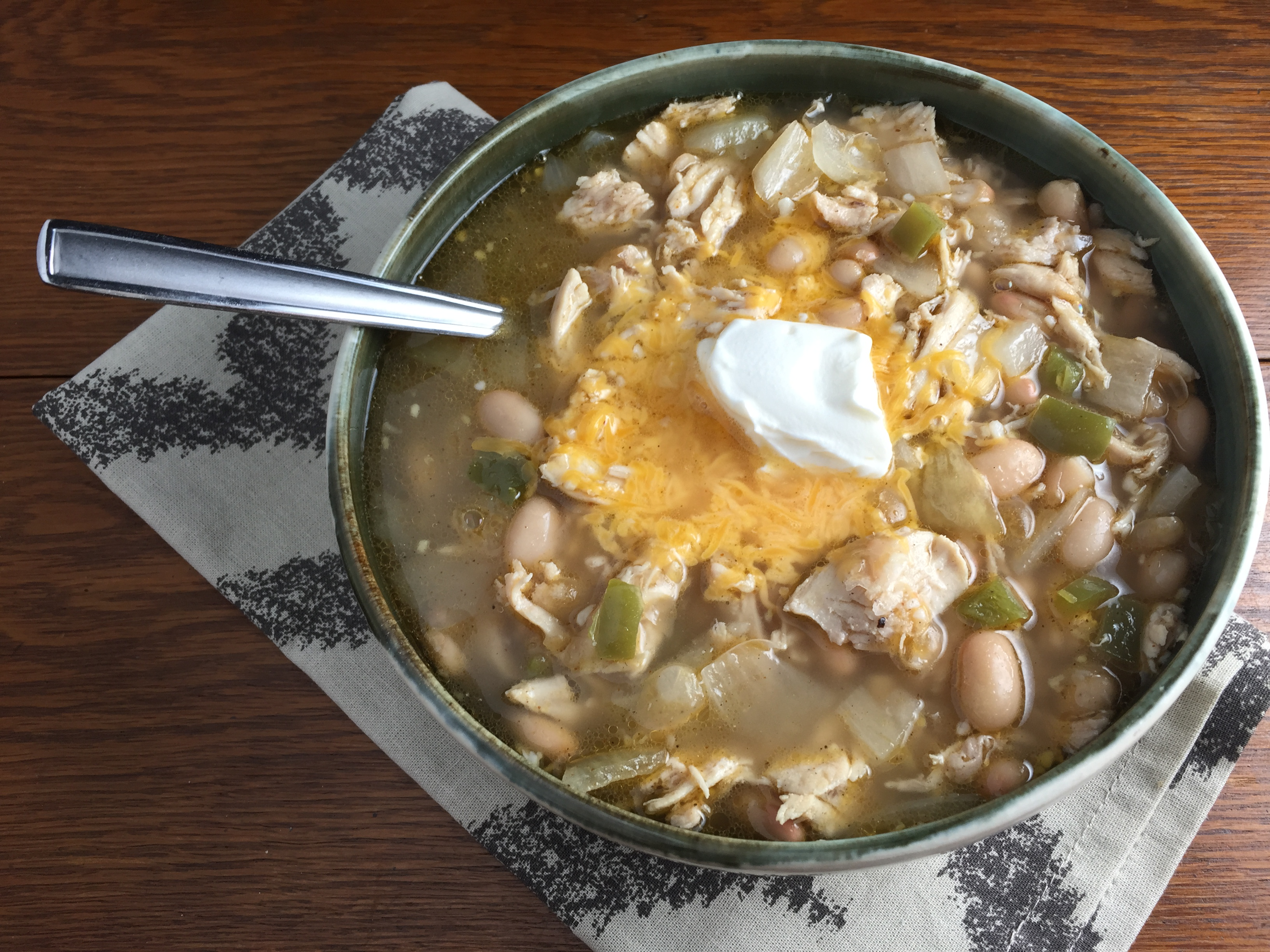 "Duet: Slow Cooker Chicken Chili / Allman Brothers Band ""Brothers and Sisters"""